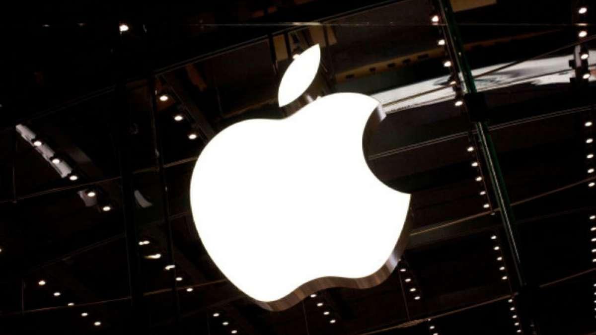 Apple, Google employee shuttles under attack in California