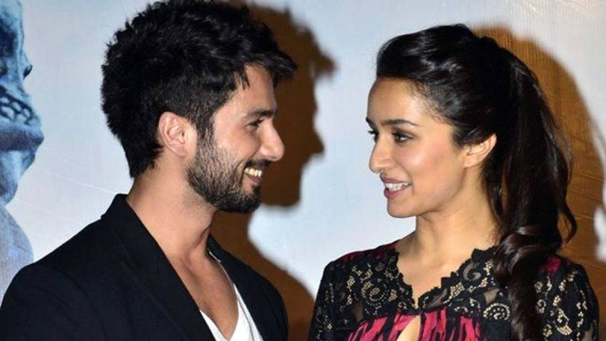 Shahid Kapoor with Shraddha Kapoor during an event