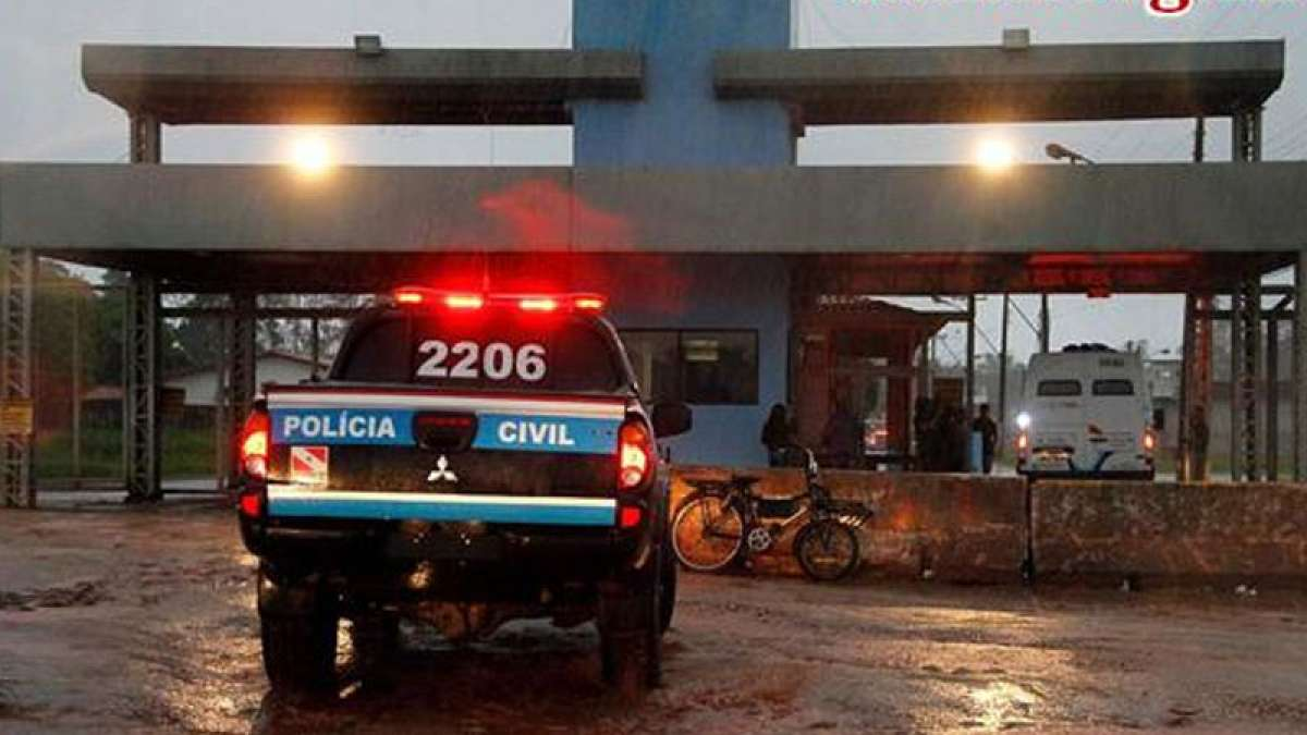 At least 20 dead after botched prison escape in Brazil