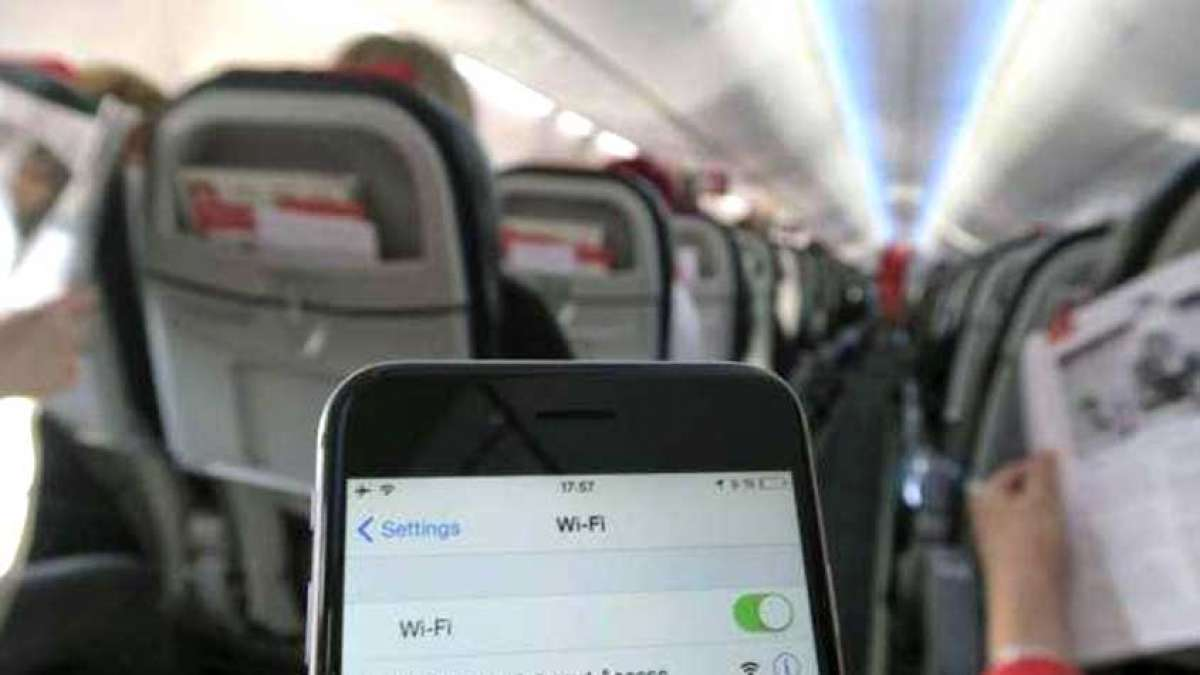 Telecom Commission gives nod to in-flight connectivity facilitating in Indian airspace