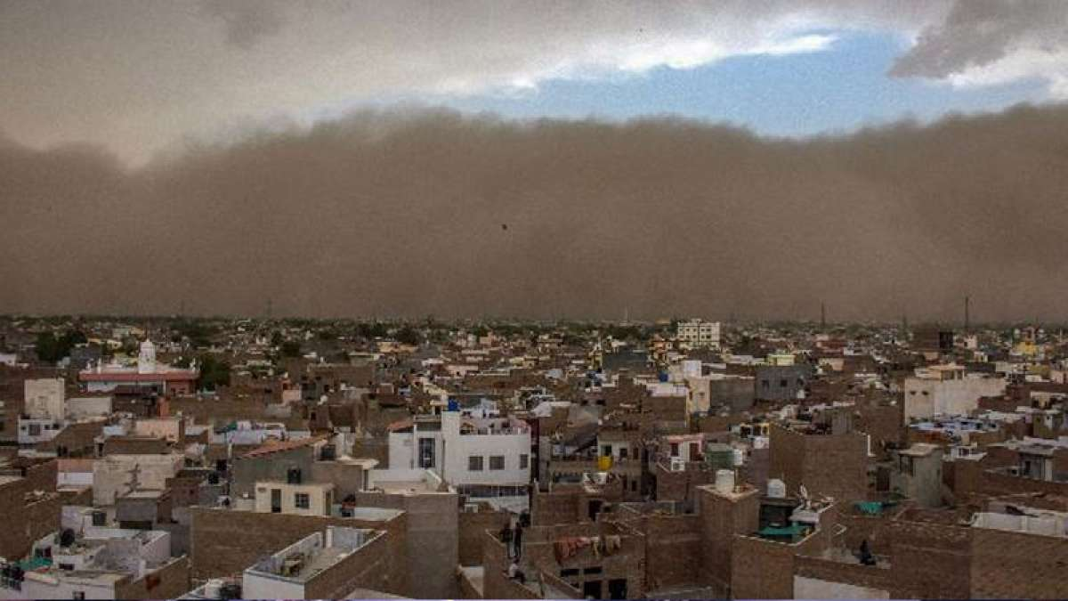 Dust storm in India kills over 80 people