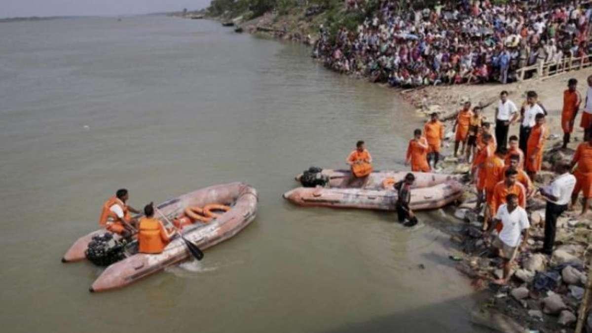 Andhra Pradesh: 10 missing as boat capsize in Godavari River in Devipatnam