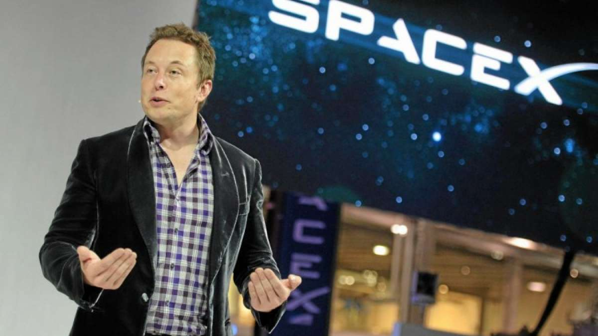 SpaceX CEO Elon Musk plans 240-km per hour city travel at just $1