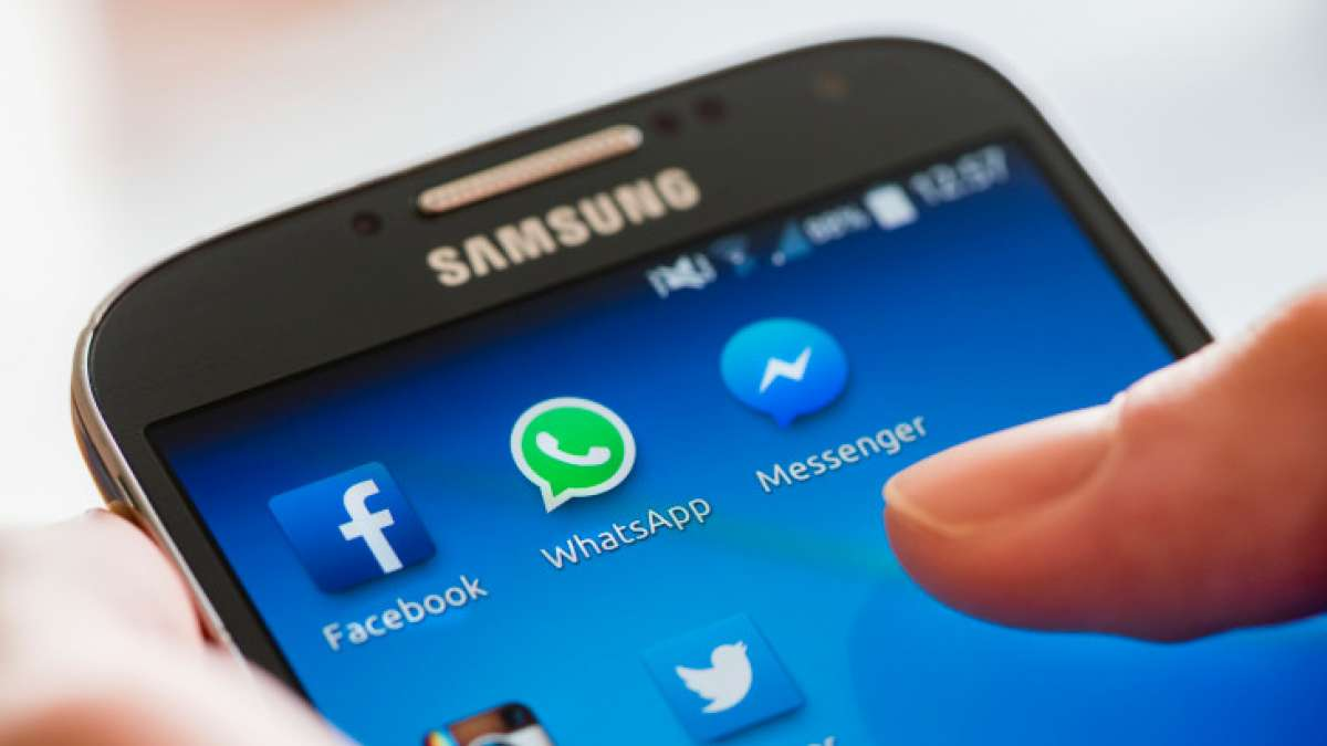 WhatsApp new 'Dismiss As Admin,' allows one group administrator to dismiss another