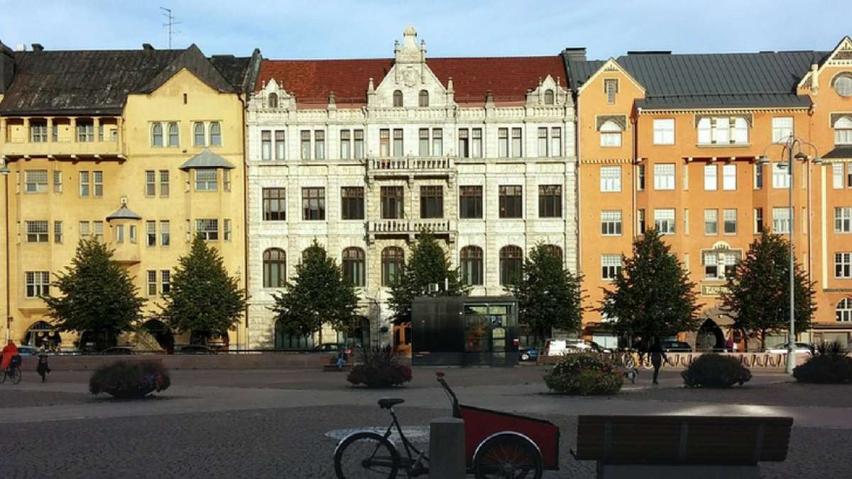 According to 2015 data, the mortgage rate in Finland is only 1.28 percent on the population of one lakh