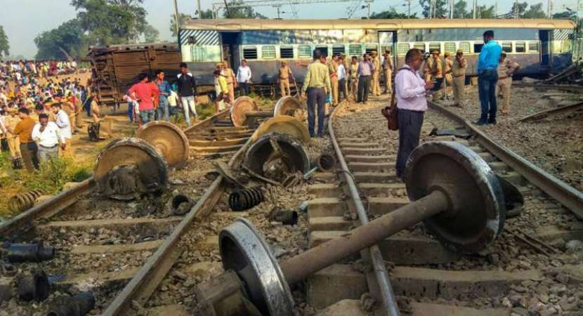 Farakka Express accident: 7 dead, 35 injured as 9 coaches go off track