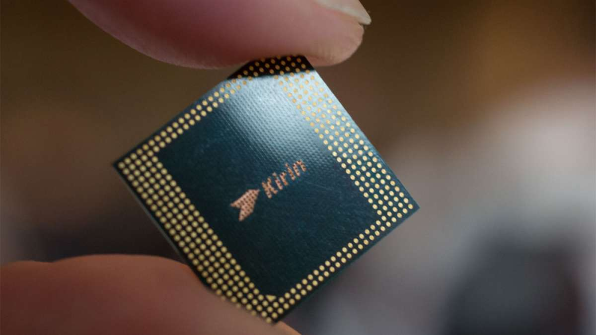 Huawei testing Kirin 990 chip, may debut in Q1 2019