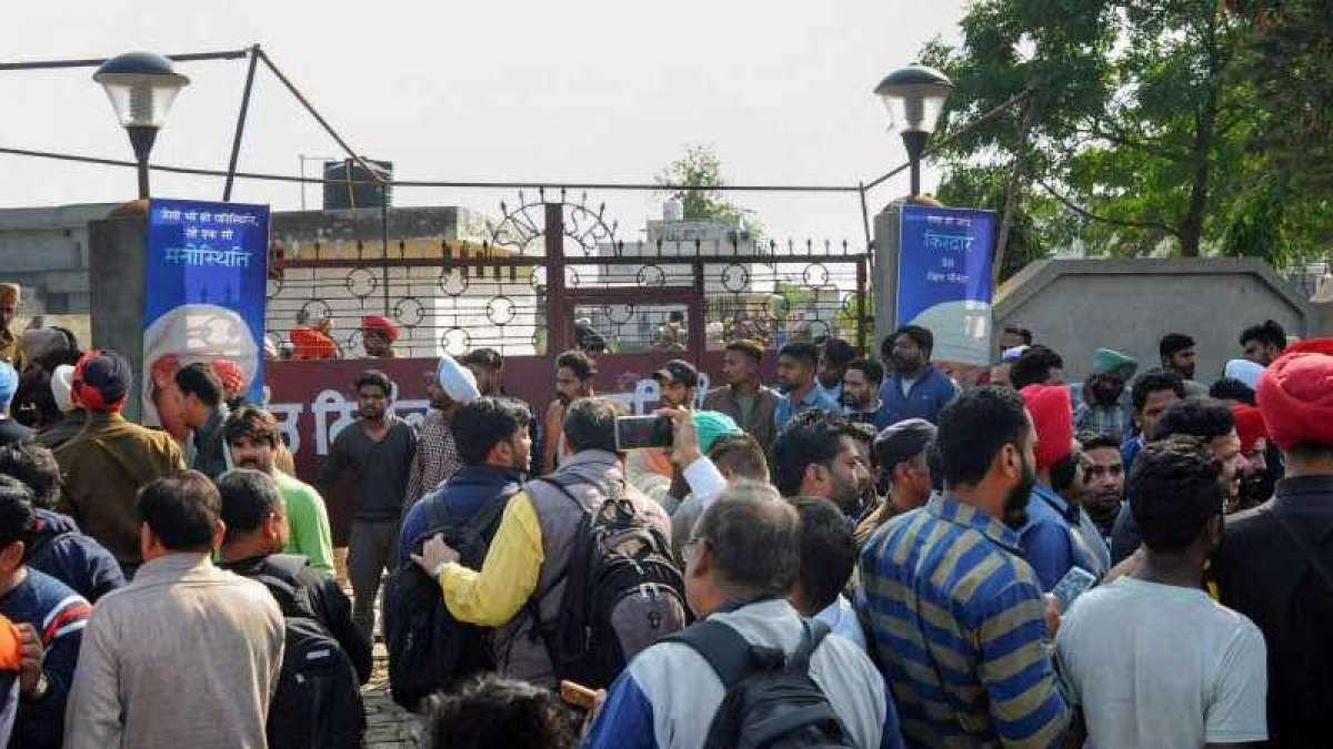 4 killed, 20 injured in Amritsar grenade attack