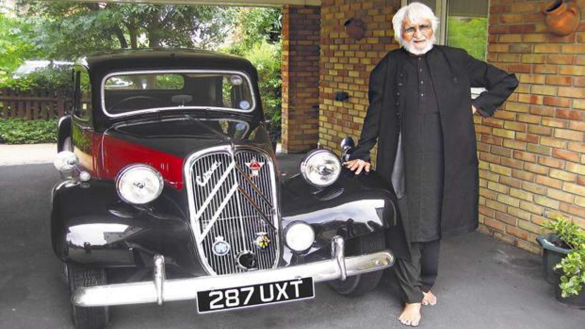 The 1937 model of Morris 8 was with artist MF Husain's family since 1991