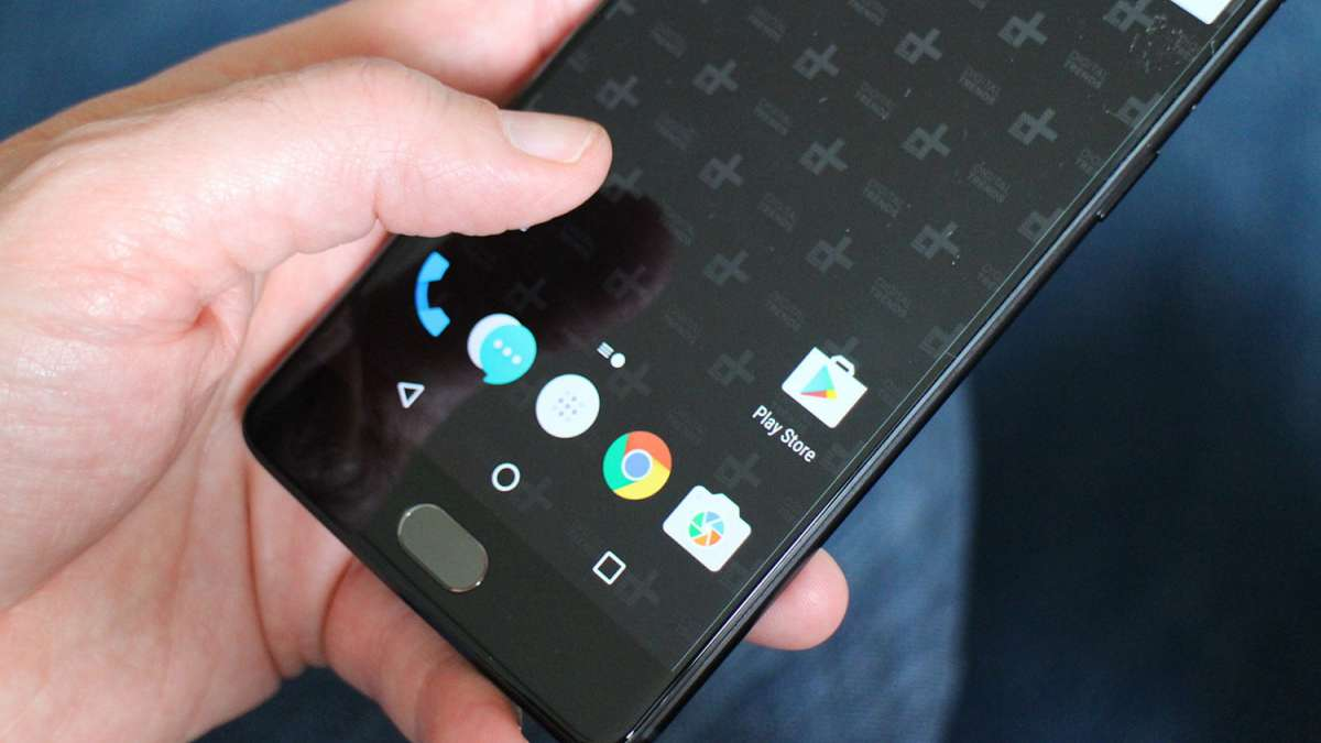 OnePlus program will let international roamers surf the internet without switching to a local SIM
