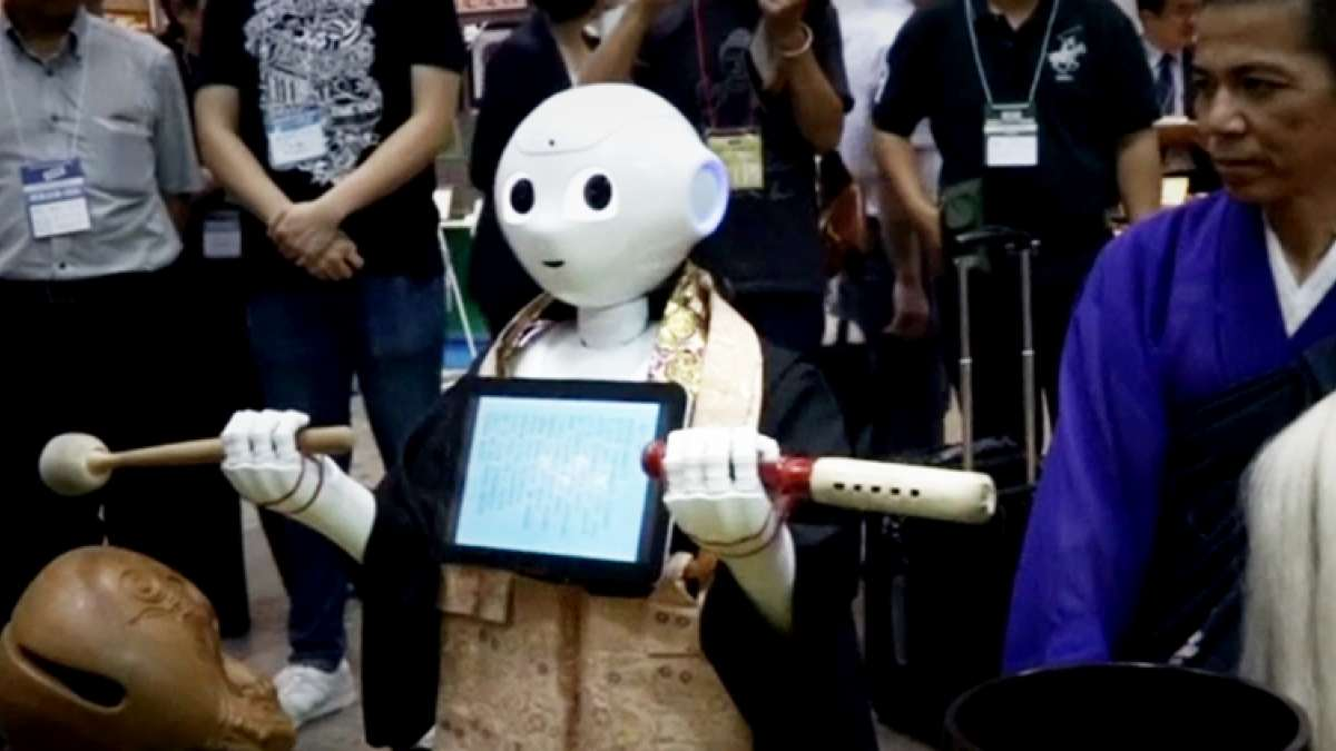 Miko 2, WiFi-operated robot for kids