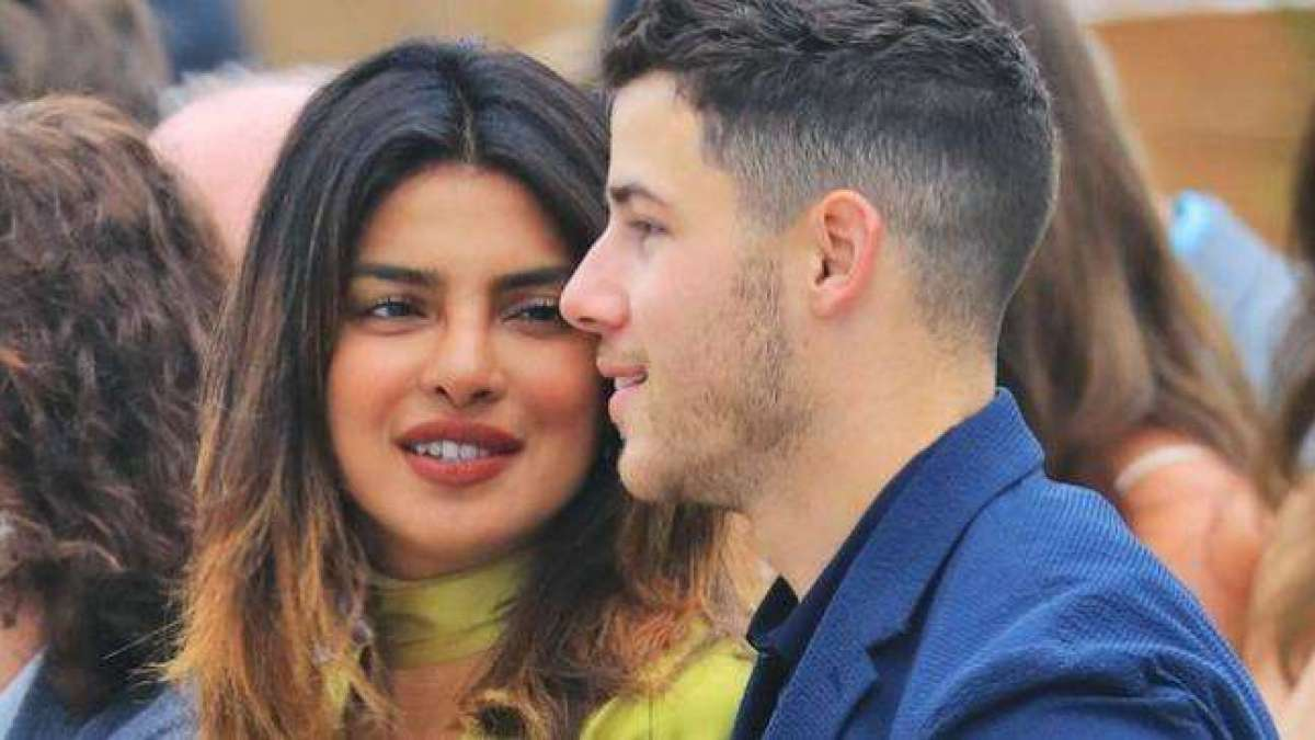 Priyanka and Nick was spotted at the  airport were Nick's brother Joe Jonas with fiancé and Games of Thrones star Sophie Turner, Priyanka's mother Madhu Chopra and other relatives.