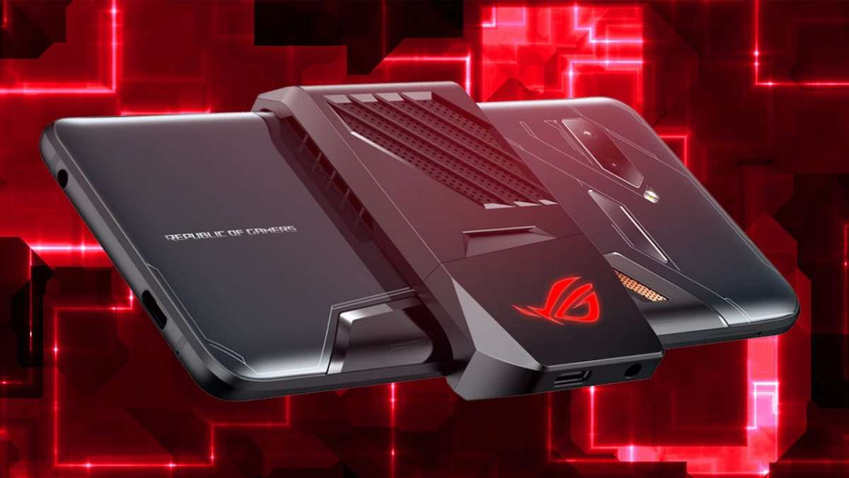 Asus ROG Phone is the only smartphone which comes with two 3.5mm headphone jack