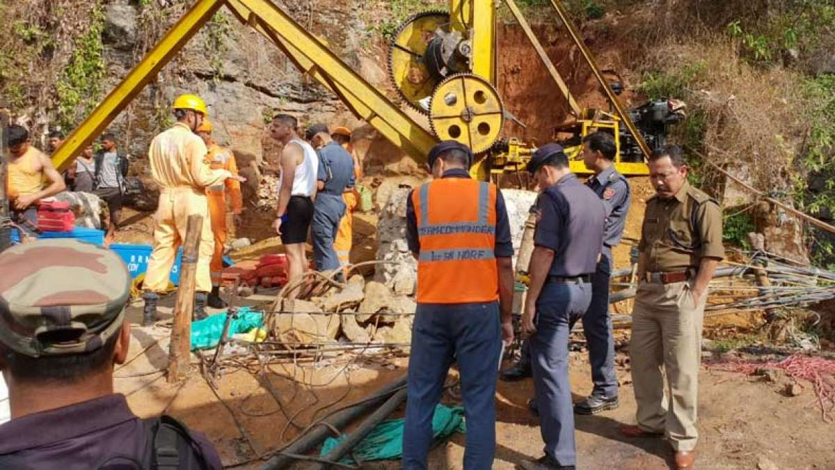 Meghalaya: 13 miners, trapped in illegal 'Rat hole' coal mine, feared dead