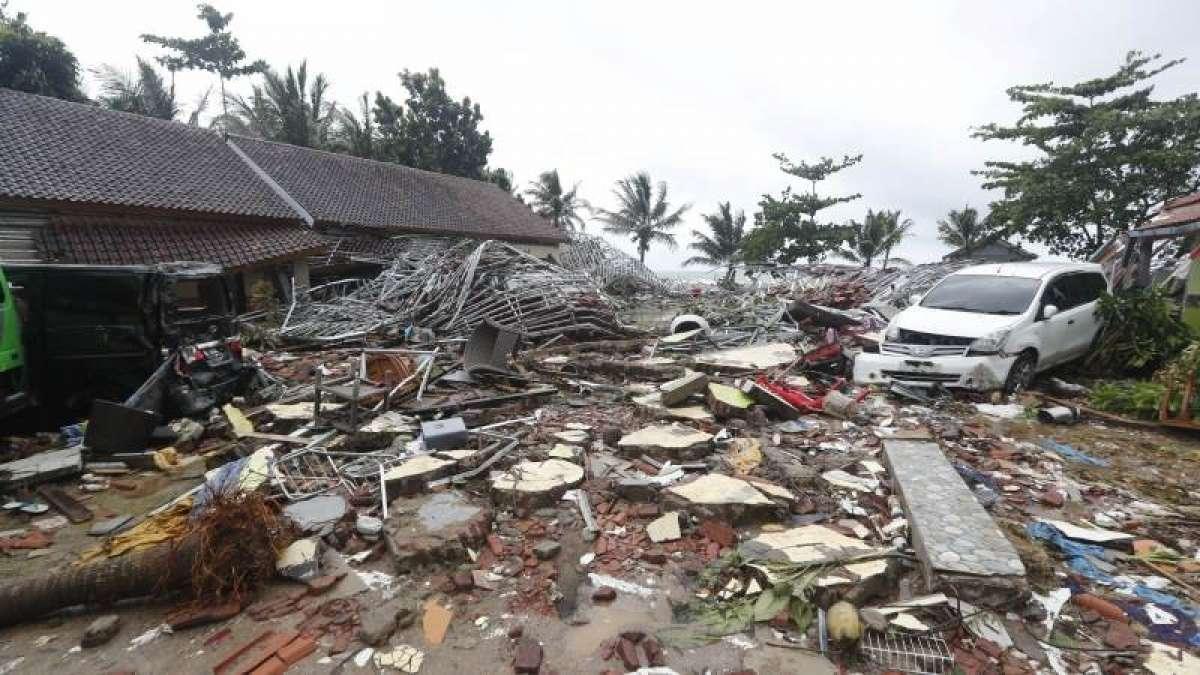 Tsunami in Indonesia: Death toll rises to 222