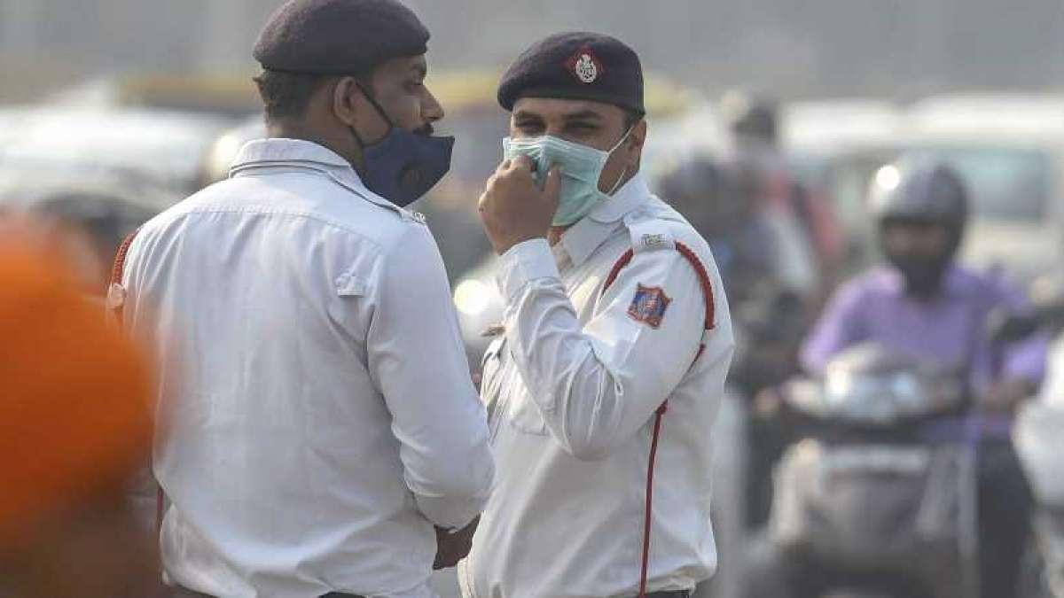 Drop in mercury turns Delhi air 'severe'; may improve next week