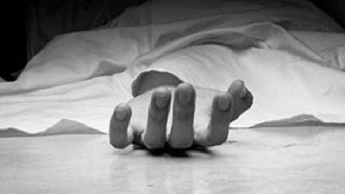 Boy found living with mother's corpse in Kolkata