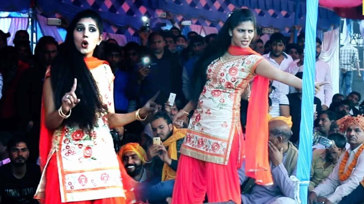 Watch: Sapna Choudhary's killer moves on 'Hatt Ja Tau' in Chhattisgarh