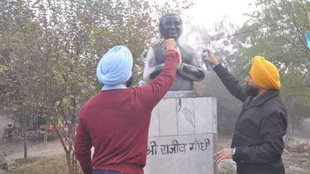 Rajiv Gandhi statute vandalized in Ludhiana; Congress, Akalis in war of words