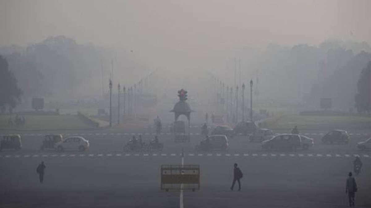Delhi shivers at 3 degrees C, cold wave continues