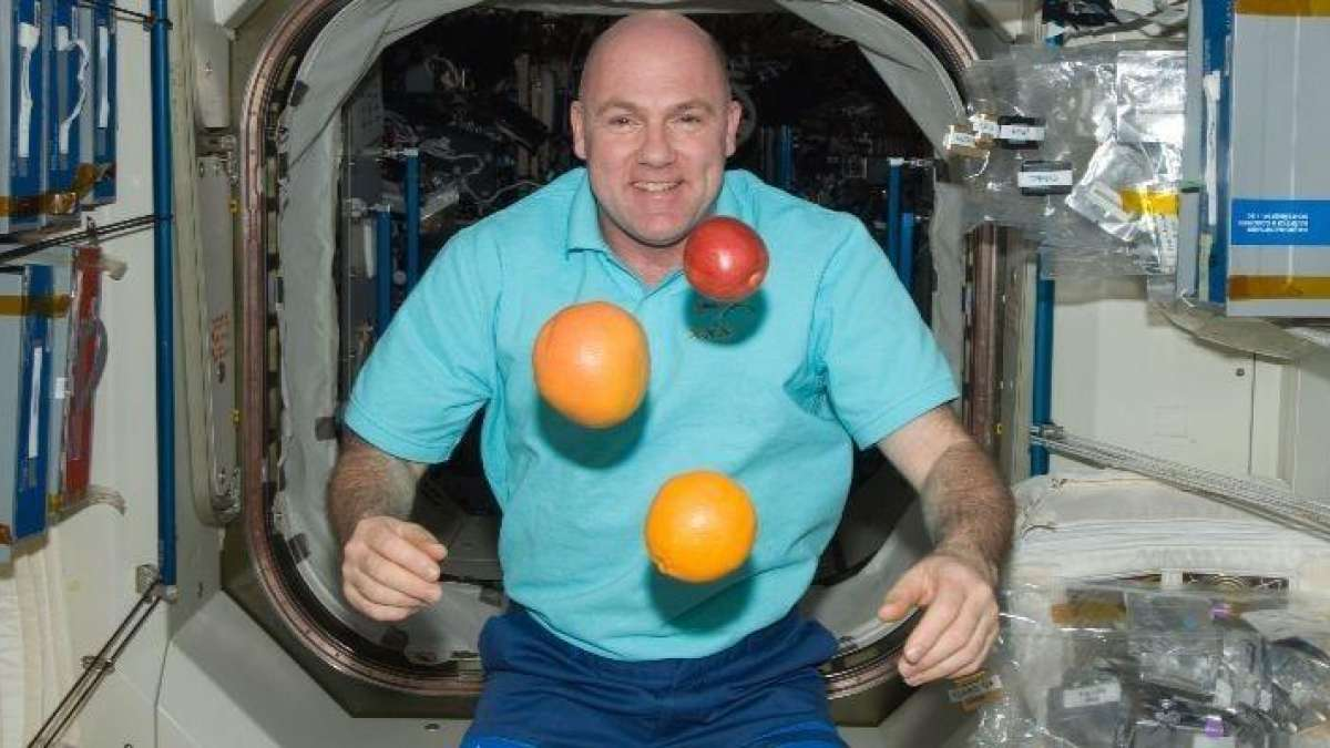 Dutch astronaut Andre Kuipers accidentally called police in space