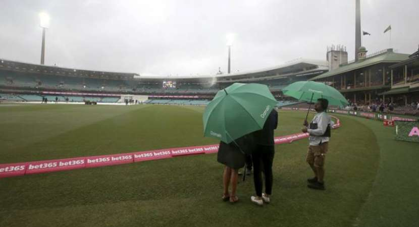 India vs Australia 4th Test: Rain washes off first session of Day 4