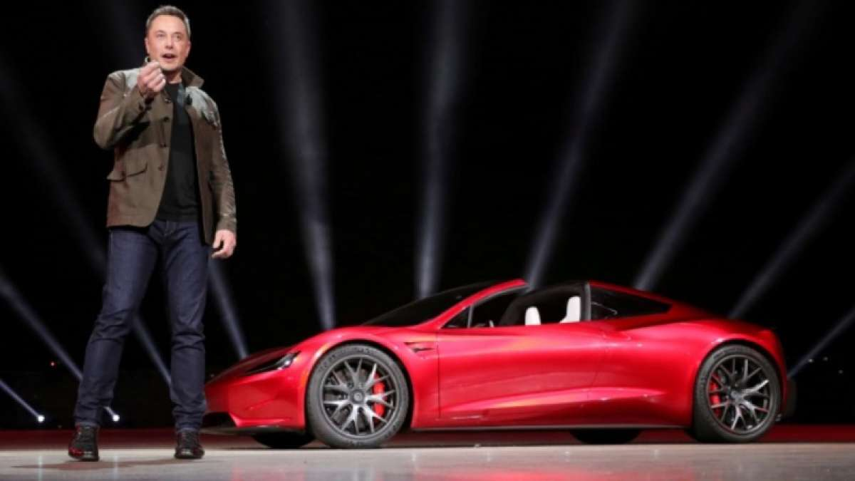 Musk in China to lay foundation of first Tesla plant outside US