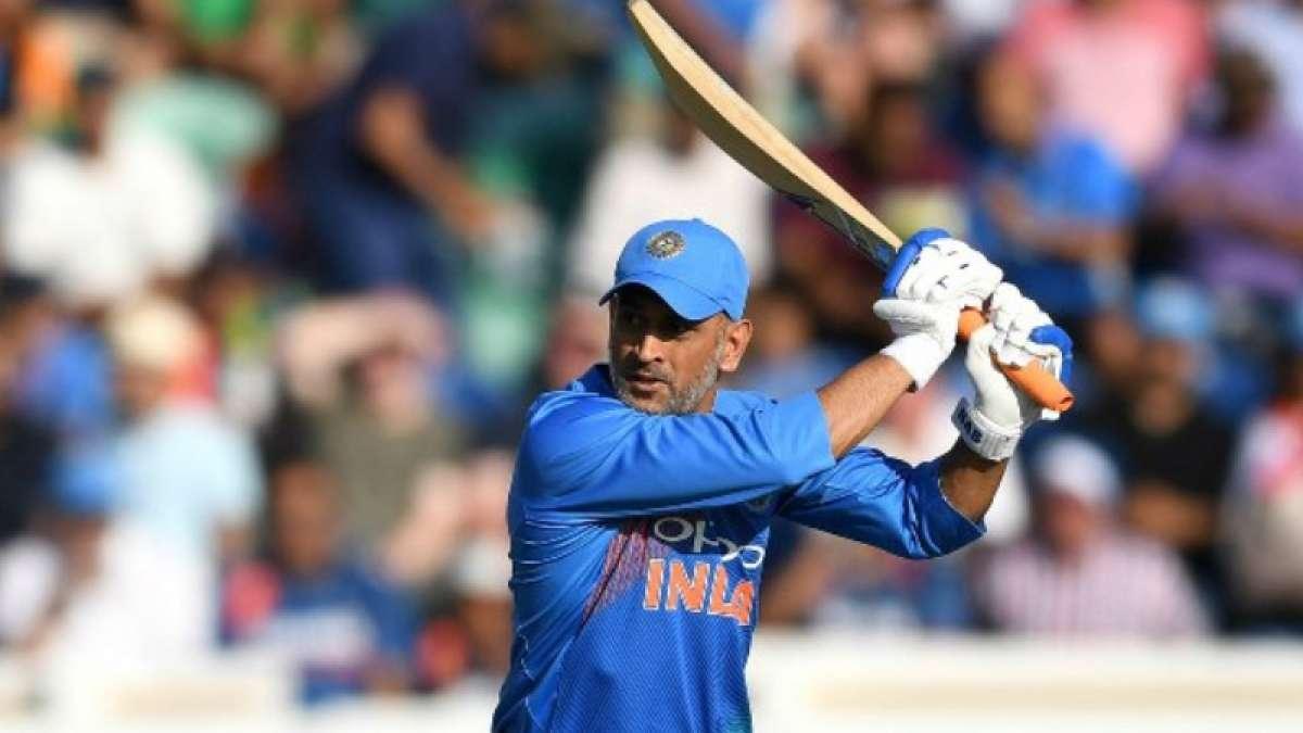 India vs Australia: Dhoni becomes fifth Indian to breach 10k-run mark in ODIs