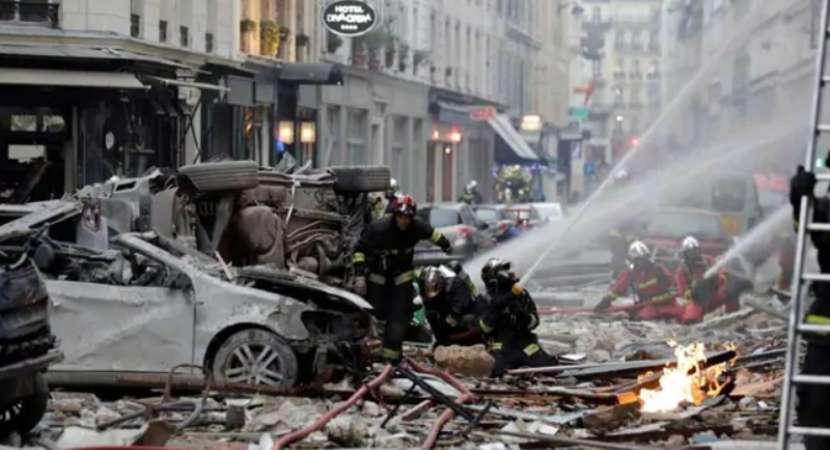 "Paris Bakery Blast: ""Sounded like earthquake,"" says a firefighter"