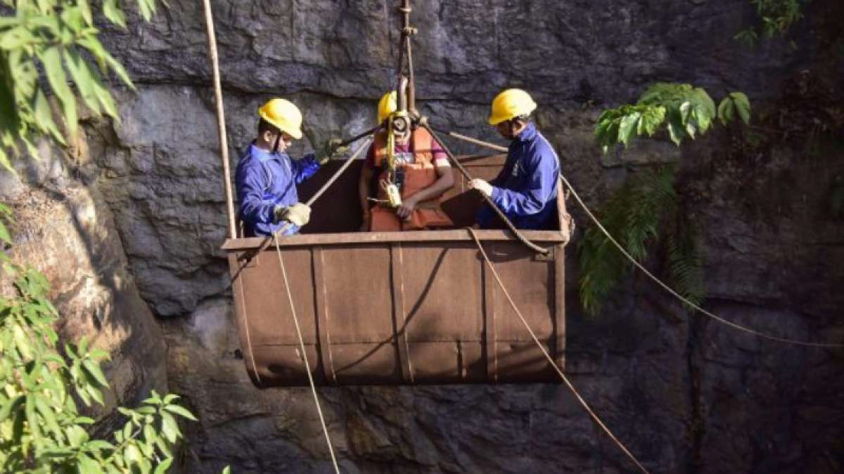 Bodies of 15 trapped Meghalaya miners found