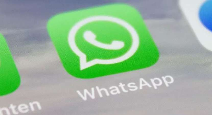 WhatsApp to show status from the contacts in frequent interaction