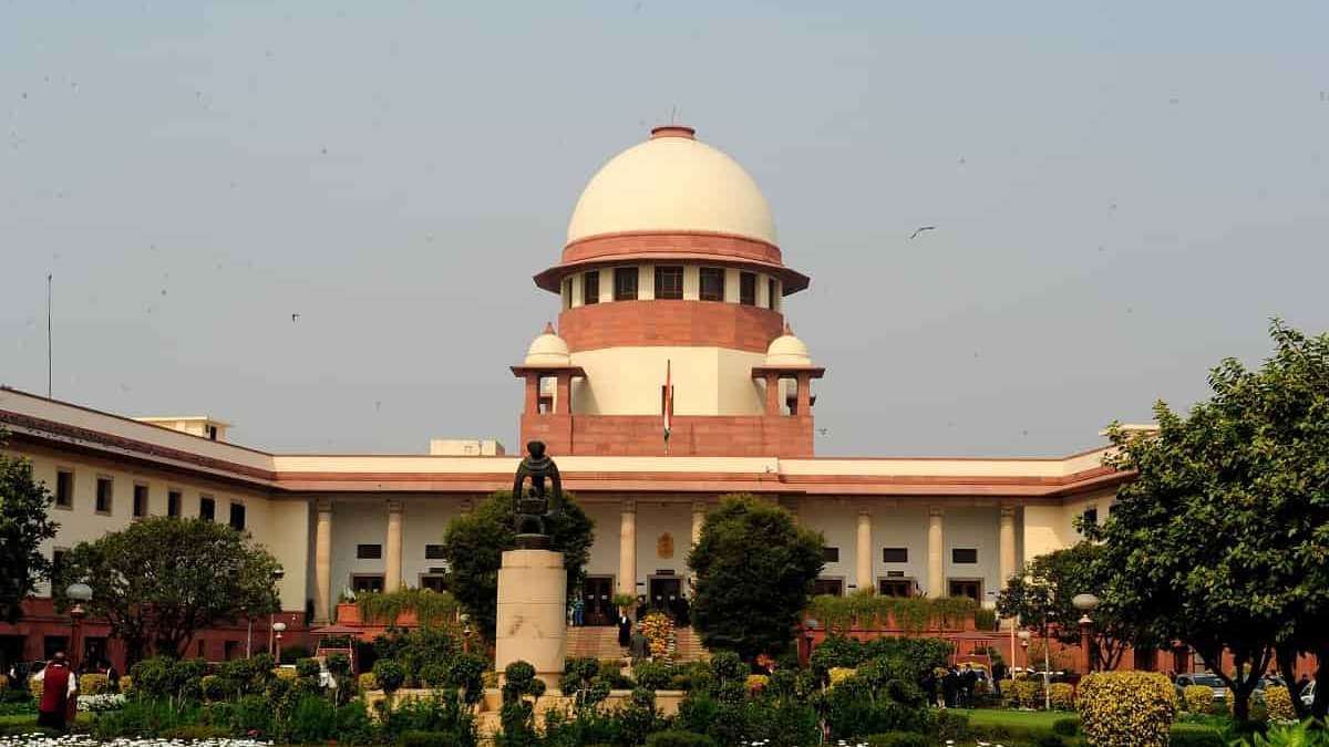 Kashmiri students attack: Supreme Court issues notice to Centre, 11 states