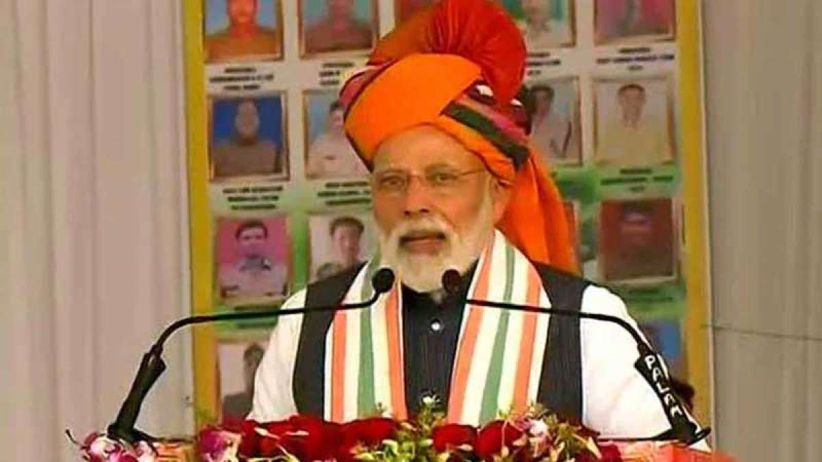 PM Narendra Modi speaking during Churu rally