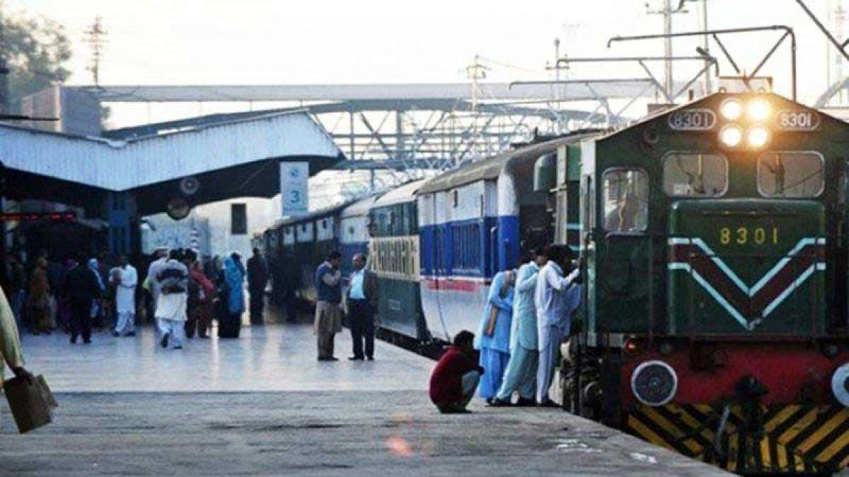 Post-Pulwama terror attack, Pakistan stops Samjhauta Express operations
