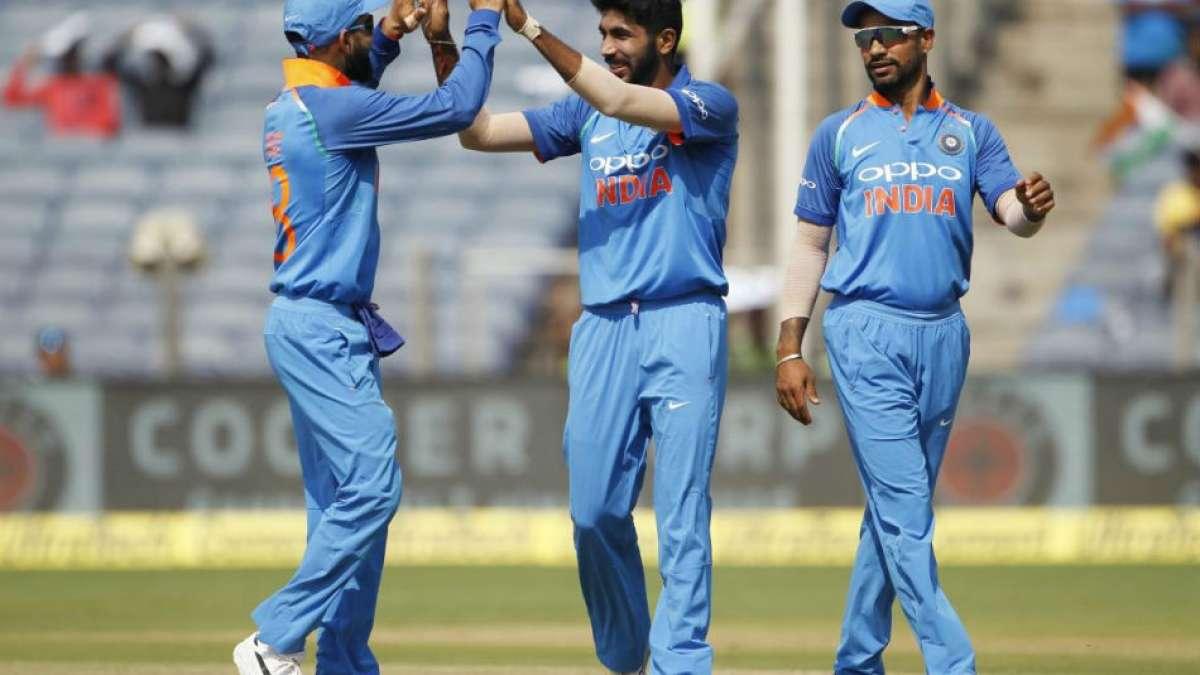 India Vs Australia 1st ODI Match Live Cricket Score Updates at Hyderabad