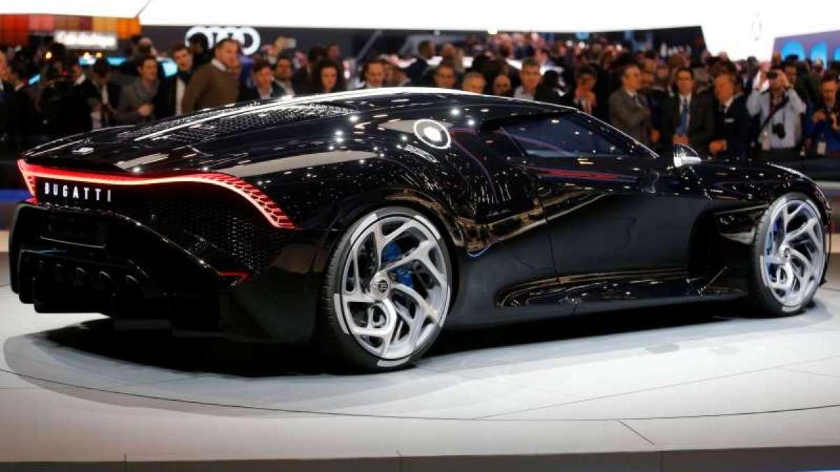 La Voiture Noire luxury car