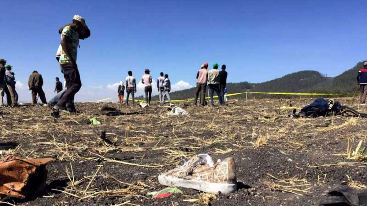 Pictures from the Ethiopian Airlines crash site