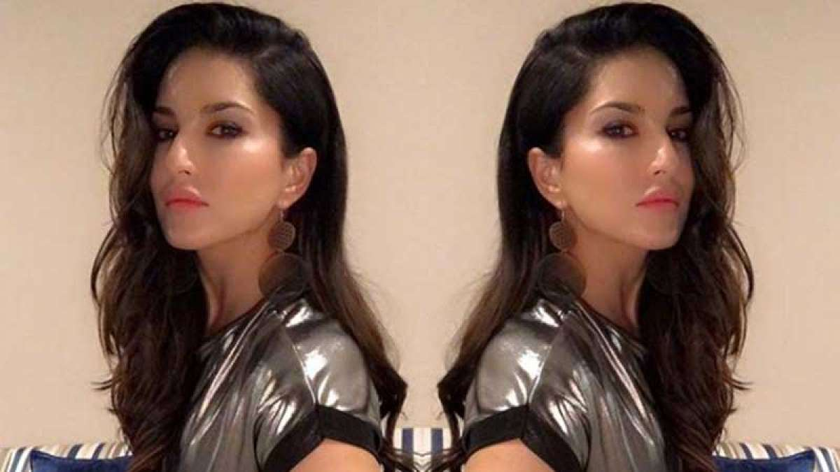 Sunny Leone's good morning photo to give your day a perfect start