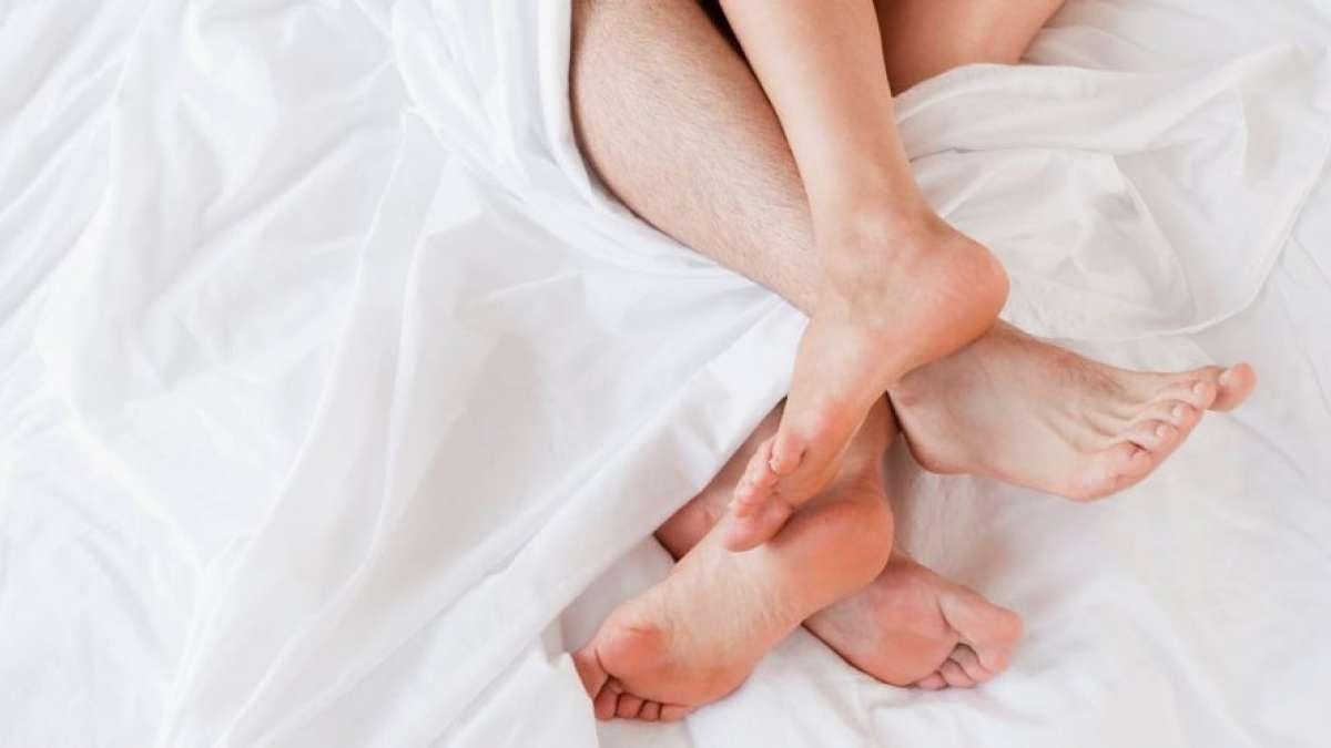 Should you wash your sheets after Sex on bed? Know here