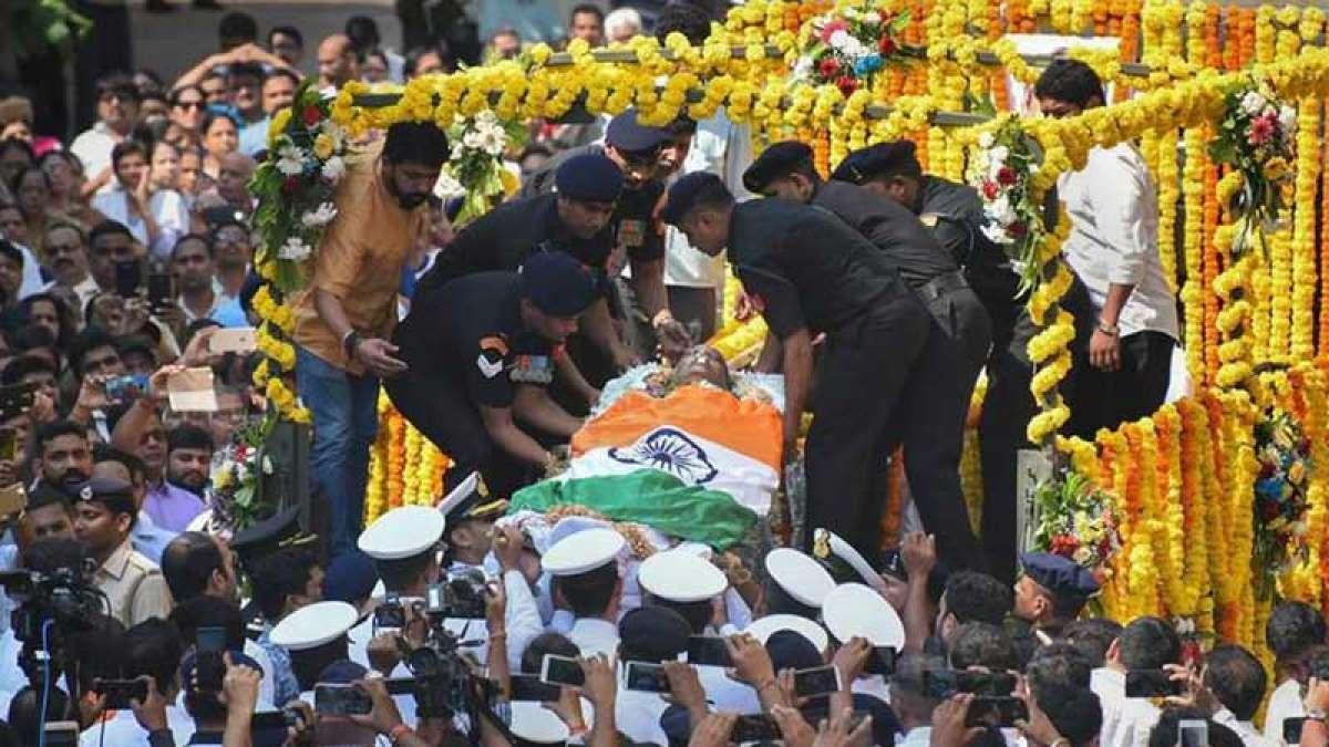 Manohar Parrikar cremated with full state honours, thousands join procession