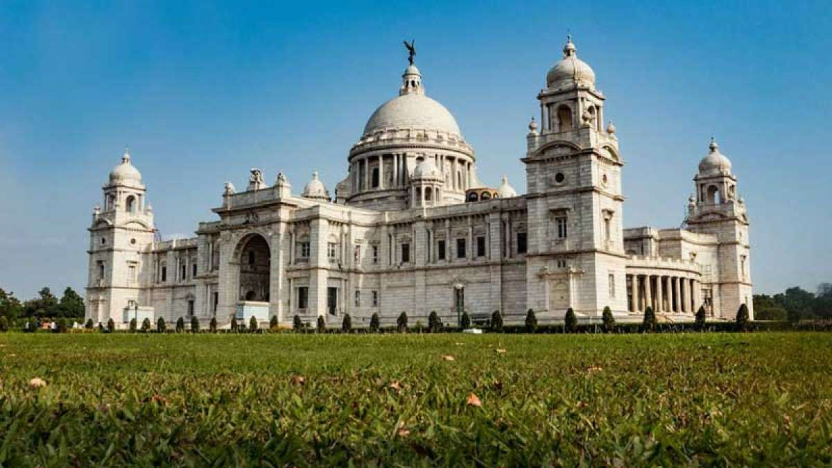 Chinese man flies drone over Kolkata's victoria memorial, arrested