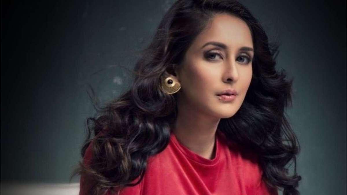 TV actress Chahatt Khanna