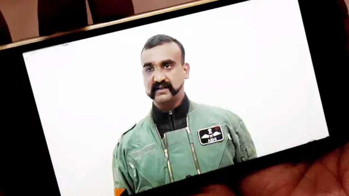 Abhinandan Varthaman returns to base in Srinagar