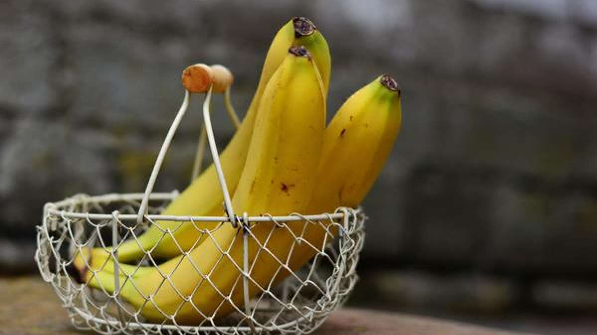 Eating too many bananas can damage your nerves