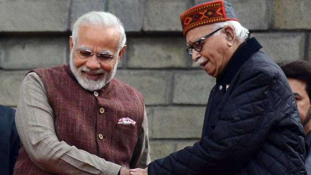 PM Narendra Modi with BJP veteran leader LK Advani