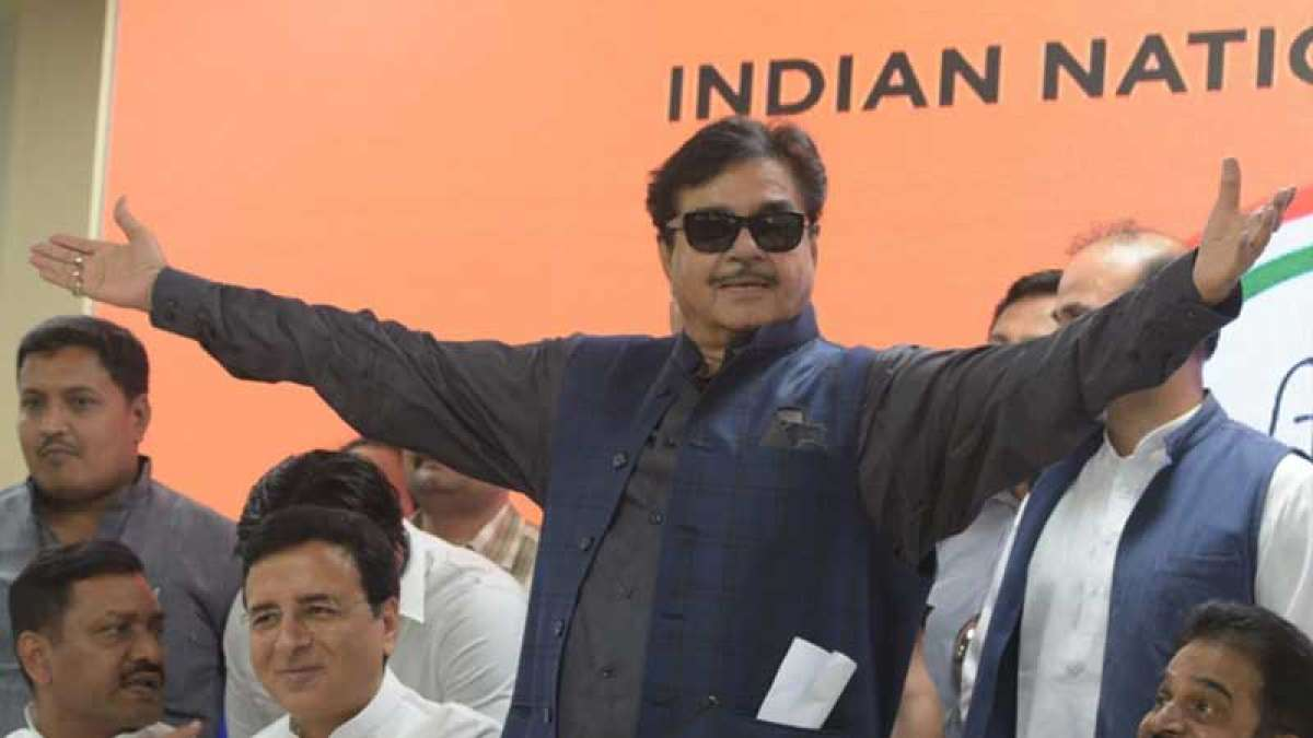 Shatrughan Sinha joins Congress, says BJP 'a one man show'