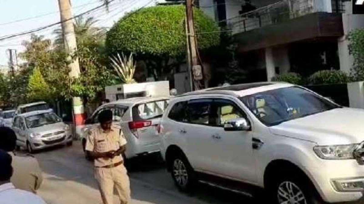 IT department raids Kamal Nath aides' residences in Delhi and Indore