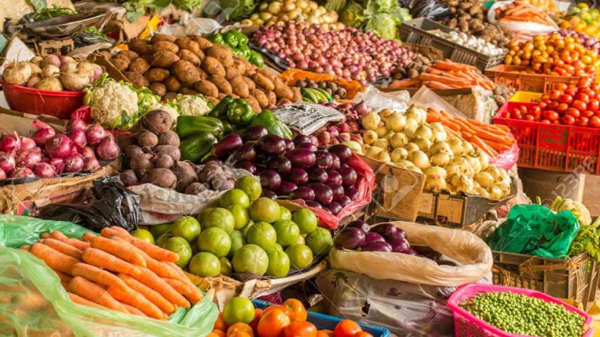 Retail inflation inches upto 2.86 percent in March: Government Data