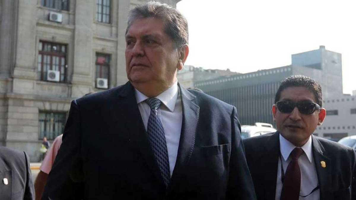 To avoid arrest, Peru's ex-President Alan Garcia shoots himself