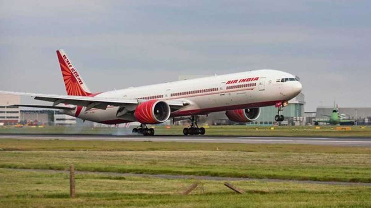 Air India may hire Jet Airways' co-pilots on short-term contracts